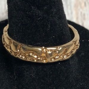 Vintage 80's 18kt plated Gold Nugget Ring Size 9.5